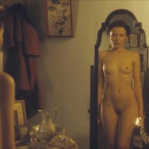 Emily Browning in Summer in February