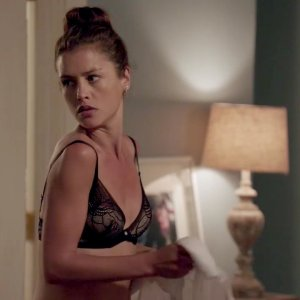 Hannah Ware in Betrayal