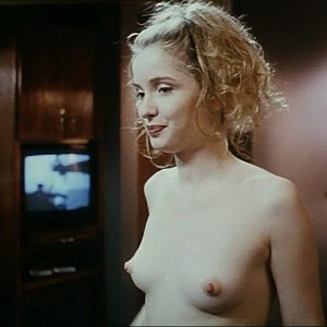 Julie Delpy in Killing Zoe
