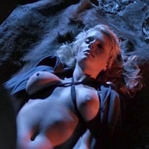 Lana Clarkson in Deathstalker