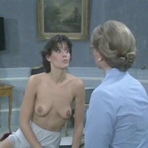 Lorraine Bracco in Duos sur canape