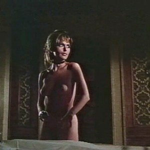 Marianna Hill in El Condor