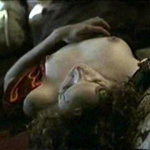Mary Louise Parker in Let the Devil Wear Black