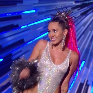 Miley Cyrus in 2015 MTV Video Music Awards