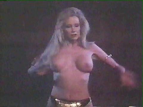 SALLY KIRKLAND in BIG BAD MAMA(1974)