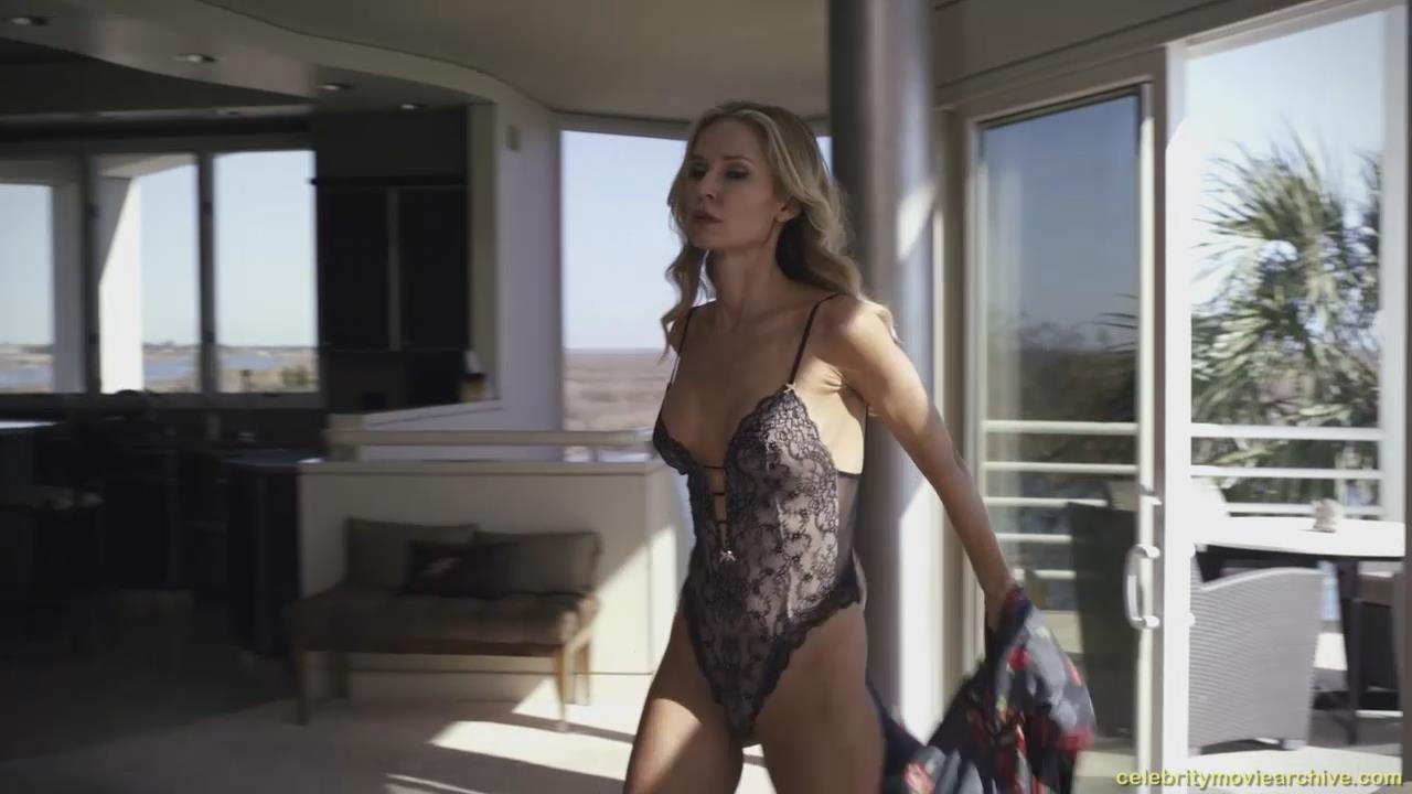 Vanessa Run Naked 88