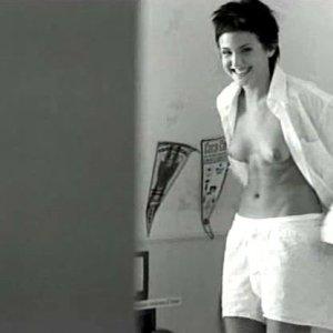 Verónica Echegui in El Álbum Blanco