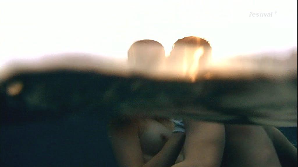 naked self shot women pics