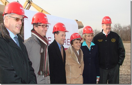 groundbreaking team2 thumb Schar Breaks Ground on New US Facility