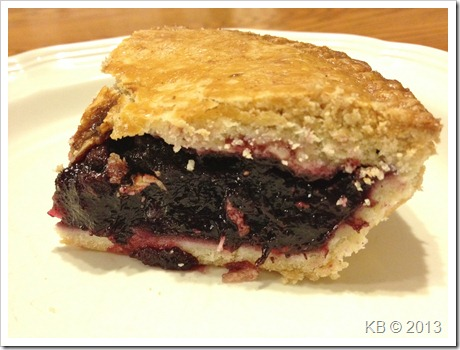 IMG 4576 thumb Review: Katz Gluten Free Blueberry Pie
