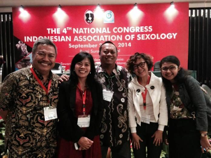 Foto Bareng dengan Prof Koentjoro (tengah) dan para dokter spesialis