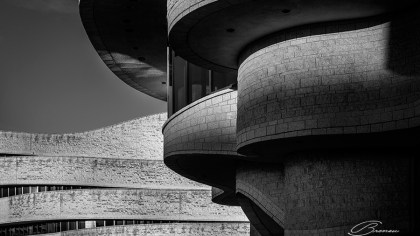 The Elegant Waves of the Canadian Museum of History