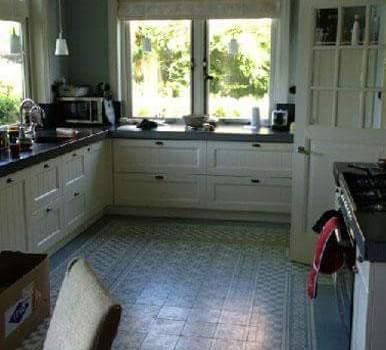 Castelo vloertegels in keuken blauw-wit