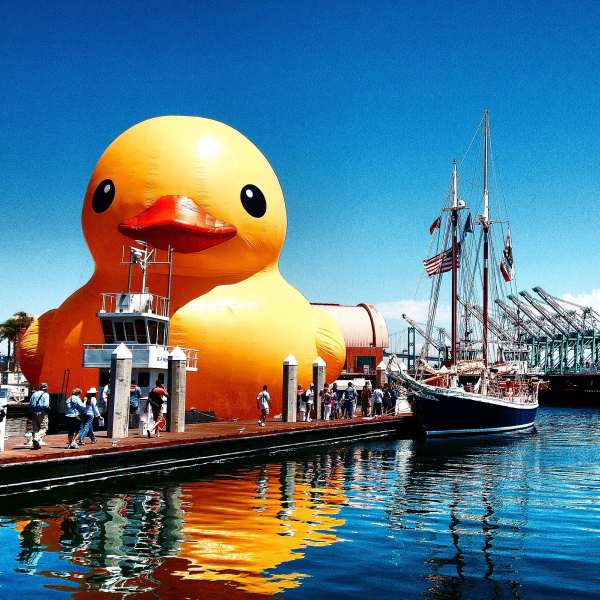 World's Largest Rubber Duck to Migrate North for Tall Ships(R) Duluth 2016