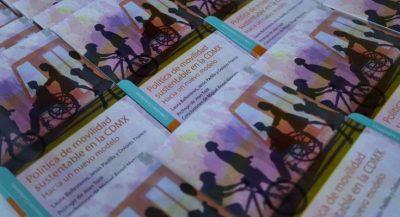 Plasman acciones de movilidad de CDMX en libro - Portal inmobiliario, de arquitectura y diseño.