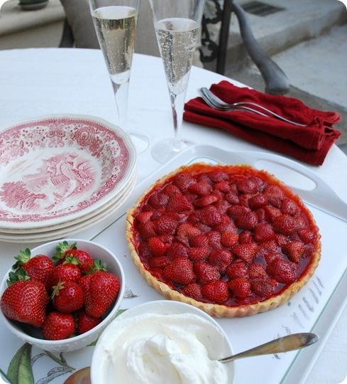 tart with champagne