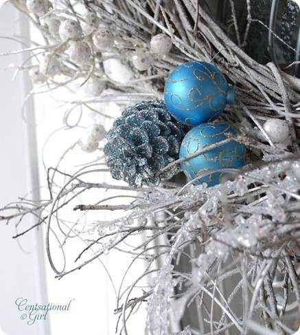 cg wreath blue pinecone