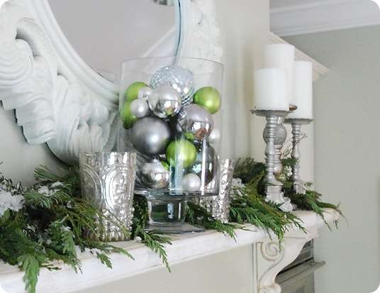 kitchen mantel ornaments up close
