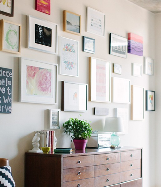 gallery wall theeverygirl