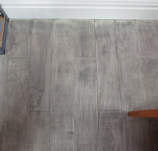 gray plywood floor