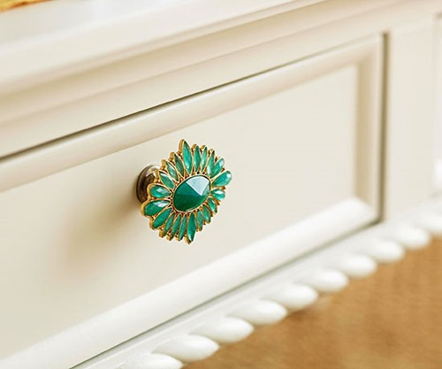 brooch door knob