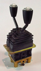 DAV1221X2 2-Handle Air Joystick
