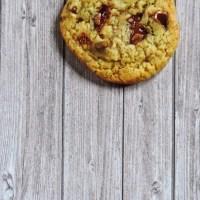 Cookie Daim, noisettes et noix de pécan