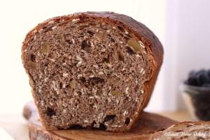 Oatmeal breakfast bread