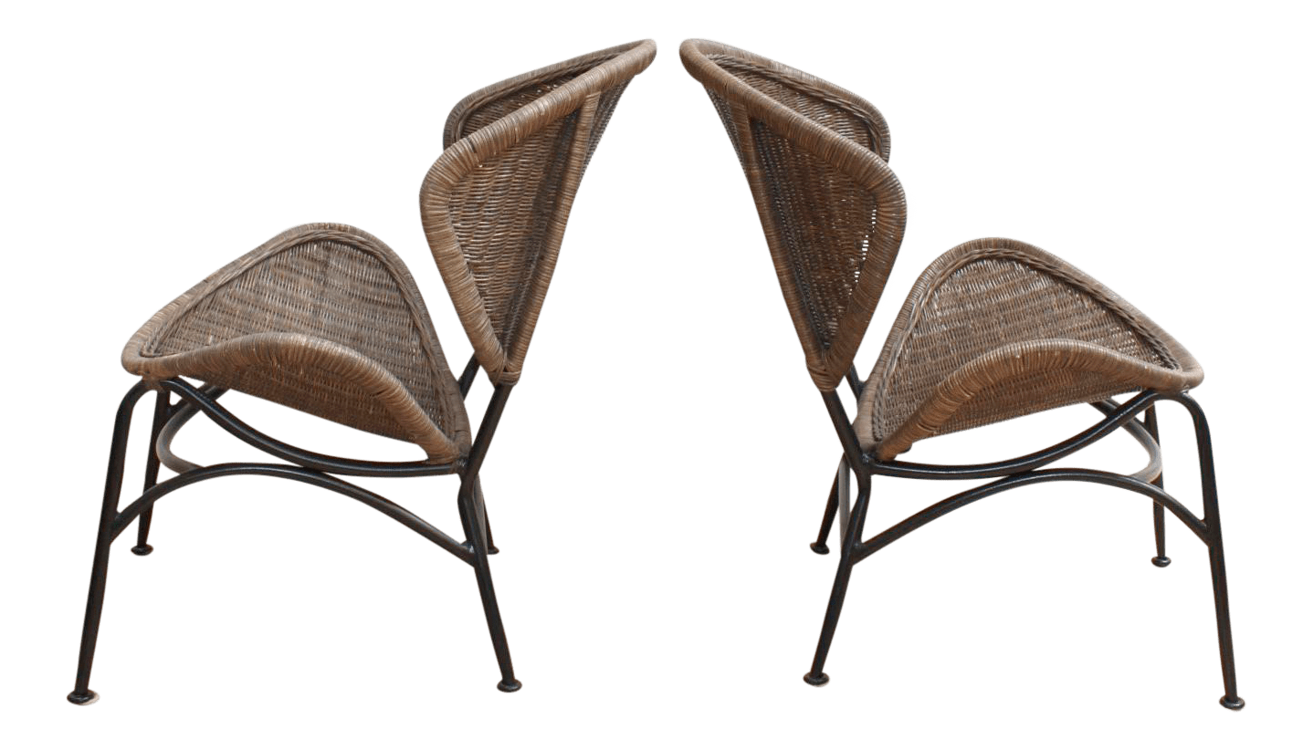 O Pair Of Mid Century Modern Wicker Chairs In The Manner Tempestini For  Salterini