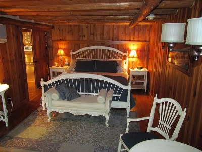 chalet_of_canandaigua-woodsview4