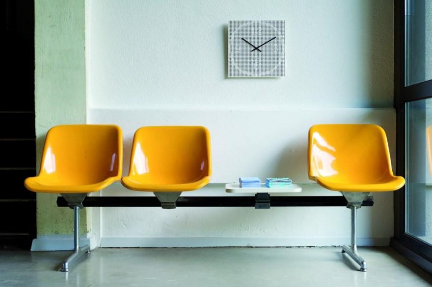 KA-dot clock