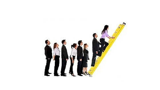 How to Move Up the Corporate Ladder with the Right Resume