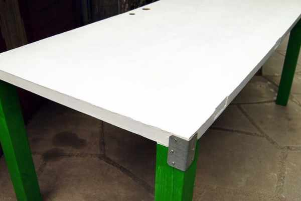 How to Build a Work Table Using a Door