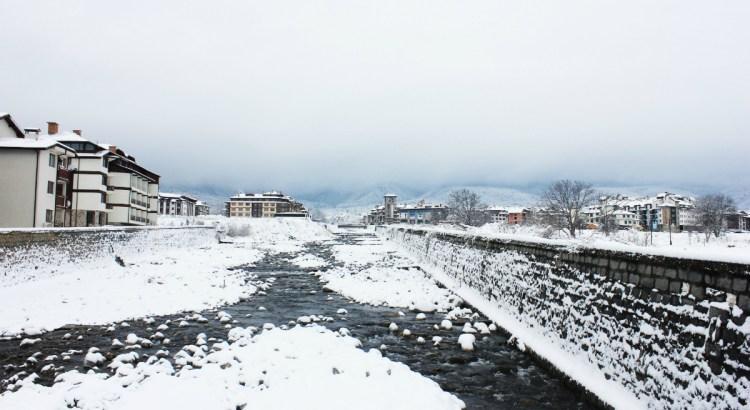 Bansko river in the snow - Charlie on Travel