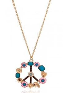 Floral Peace Necklace (Image Courtesy: Pipa Bella)