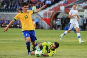 Nathan em ação pelo Brasil no mundial sub-17 de 2013. (Foto: Daily Mail)