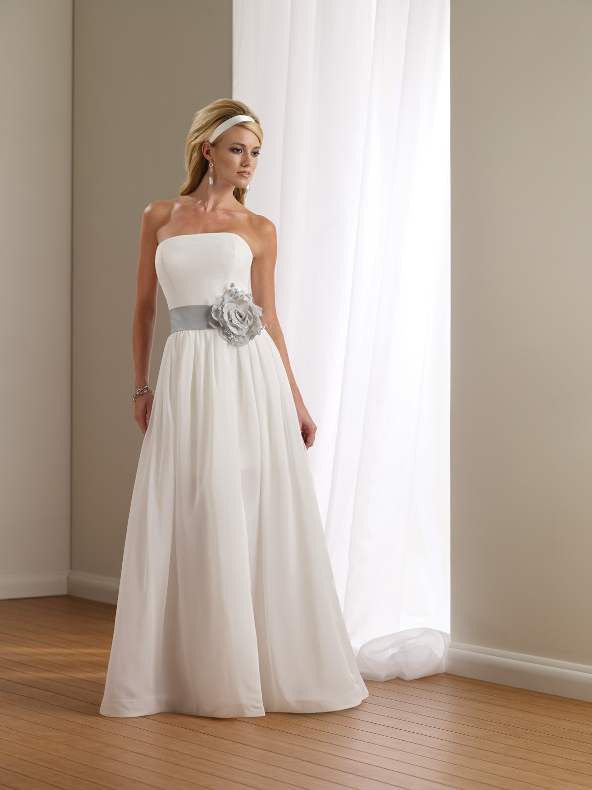 rustic country wedding gowns country themed wedding dresses Country Themed Wedding Dresses