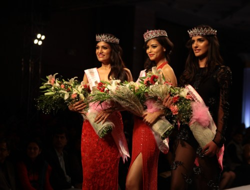 2nd Runnerup  Natasha Singh, Fbb Femina Miss India Delhi Regional Finale Priyadarshani Chaterjee and 1st Runner up  Rinki Ghildiyal