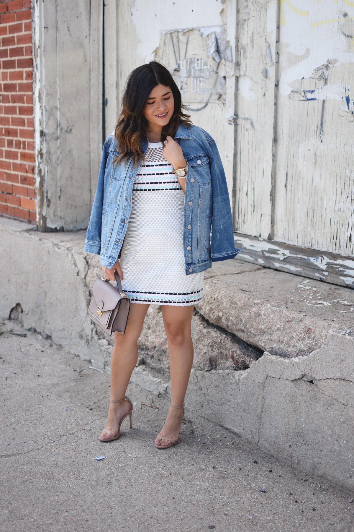 TIPS ON HOW TO STYLE A MESH DRESS