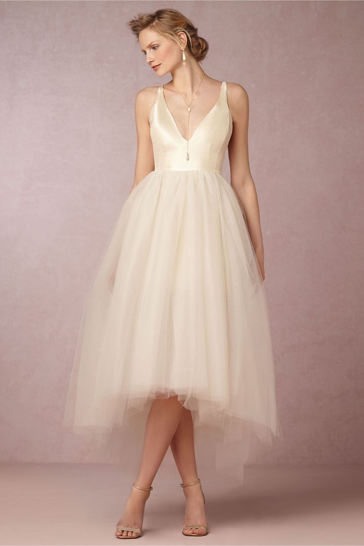 summer wedding dresses perfect wedding dress The Most Perfect Wedding Dresses for Summer Brides Tea Length