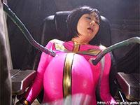 琥珀うたちゃん(フェザーピンク)が地球を襲う怪人の触手に犯されるという動画。