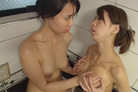 希咲エマちゃんと一般女子のお風呂レズ