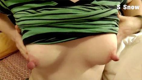 栄光あるデカ乳首