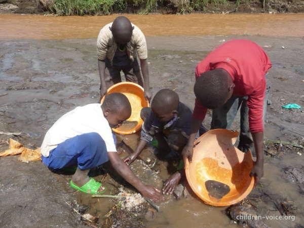 Enfants des mines à Rubaya