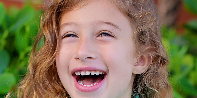 girl_laughing