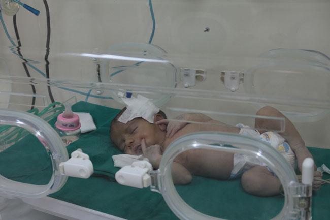 قدمت اليونيسف 50 حاضنة للمستشفيات الخاصة والعامة في أنحاء مختلفة من سوريا لإنقاذ حياة الصغار