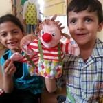أطفال رياض الأطفال يجدون الفرح في ألعاب إيكيا