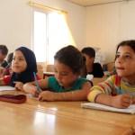 الطلاب السوريون يستعدون للعودة للمدرسة