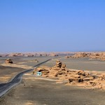 Dunhuang-Yardang-National-Geopark-008