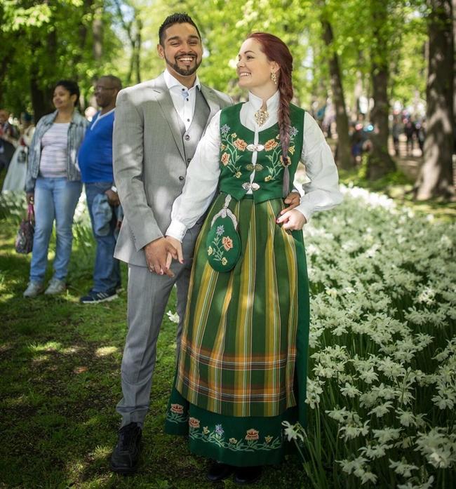 Traditional Wedding Dresses Around The World – ChinGum